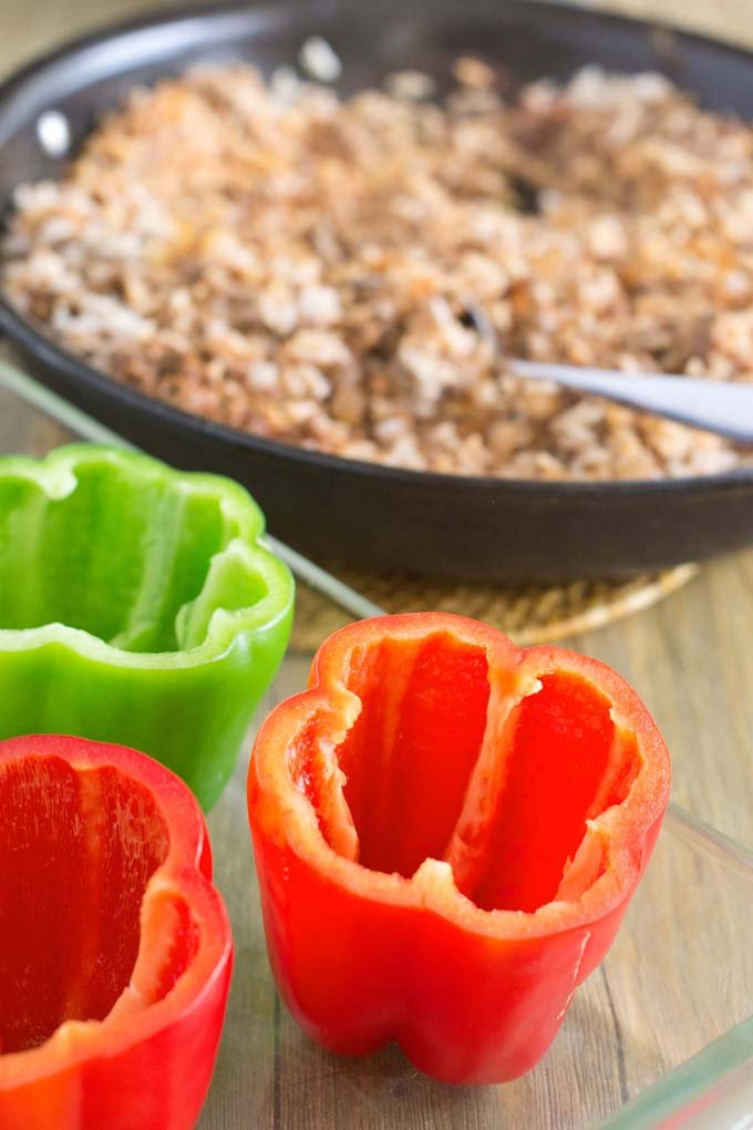 How To Bake Peppers: Four Methods