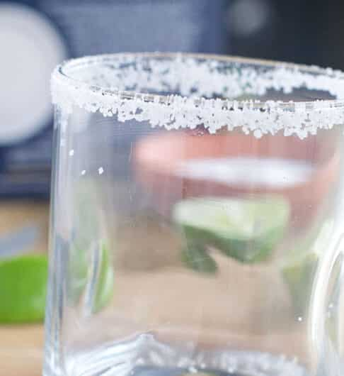 How to Rim a Glass with Salt