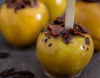 Apple Cider Bourbon Caramel Apple