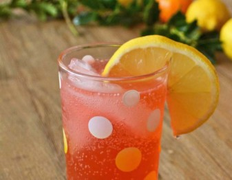French French 75 (a sparkling Tom Collins) via Tom Collins
