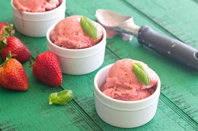 Strawberry Basil Frozen Yogurt