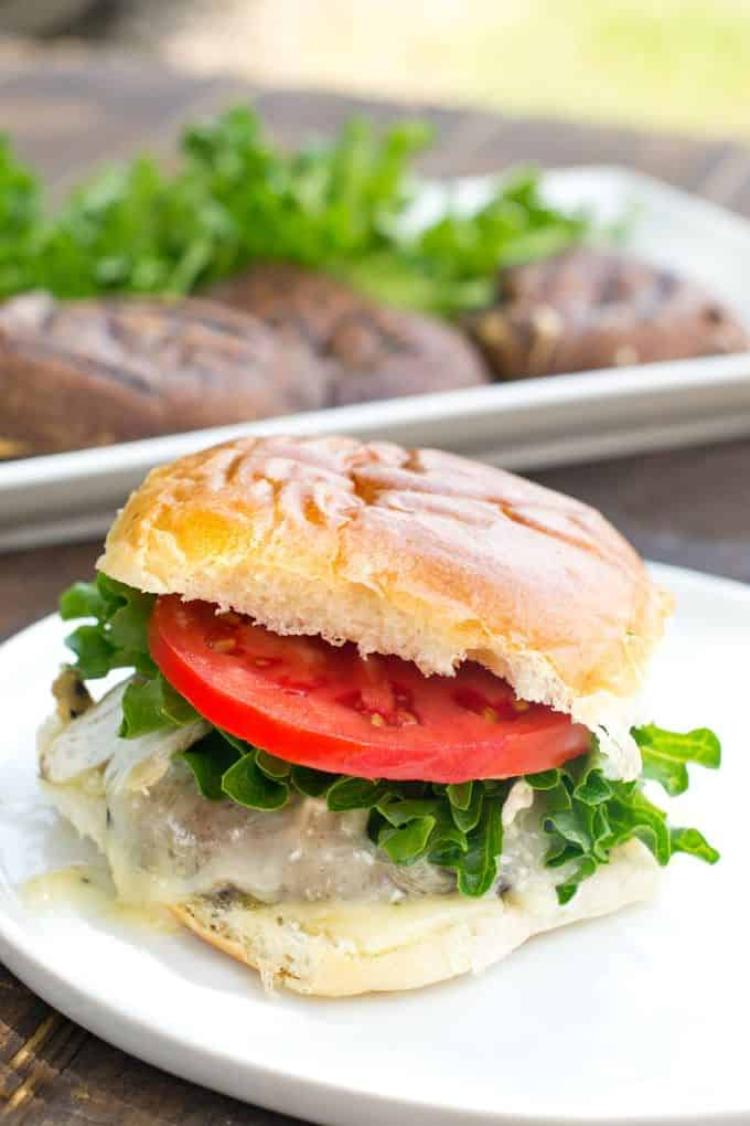 Grilled portobello mushrooms make the best vegetarian burgers. Learn our technique and get our tasty recipe here.