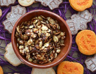 Maple Pumpkin Spice Roasted Pumpkin Seeds