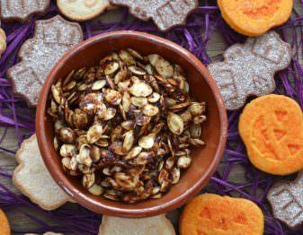 Maple Pumpkin Spice Roasted Pumpkin Seeds