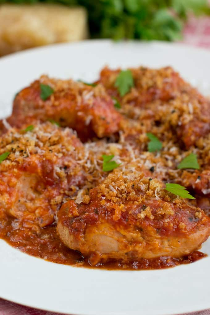 Throw everything in the slow cooker and hours later come home to yummy chicken parm.
