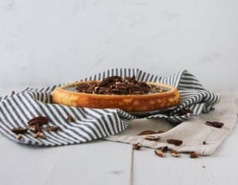 Easy Pecan Cheesecake