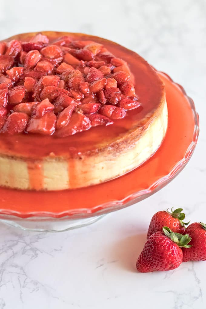Strawberries and cheesecake are a match made in heaven so we\'re keeping it fresh and simple here.
