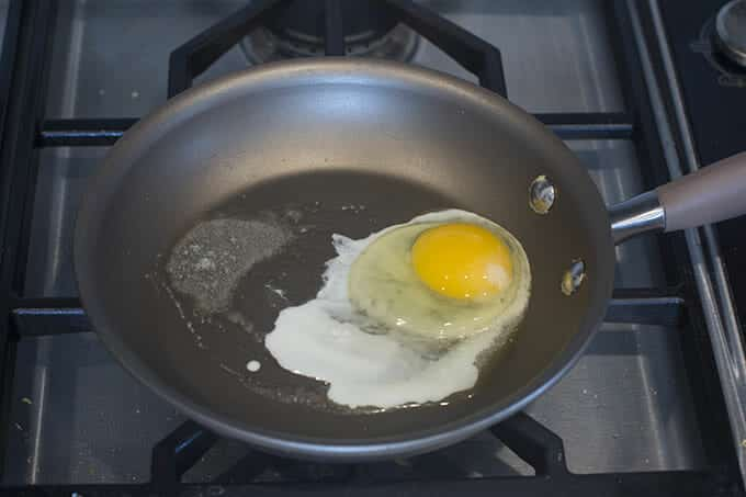 Crack in an egg.