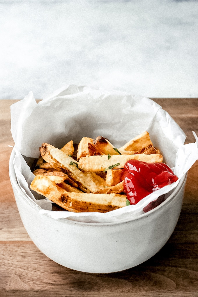 Making homemade French fries is a breeze when you use your air fryer. Plus, you don't need to use so much oil. Your family will love them.