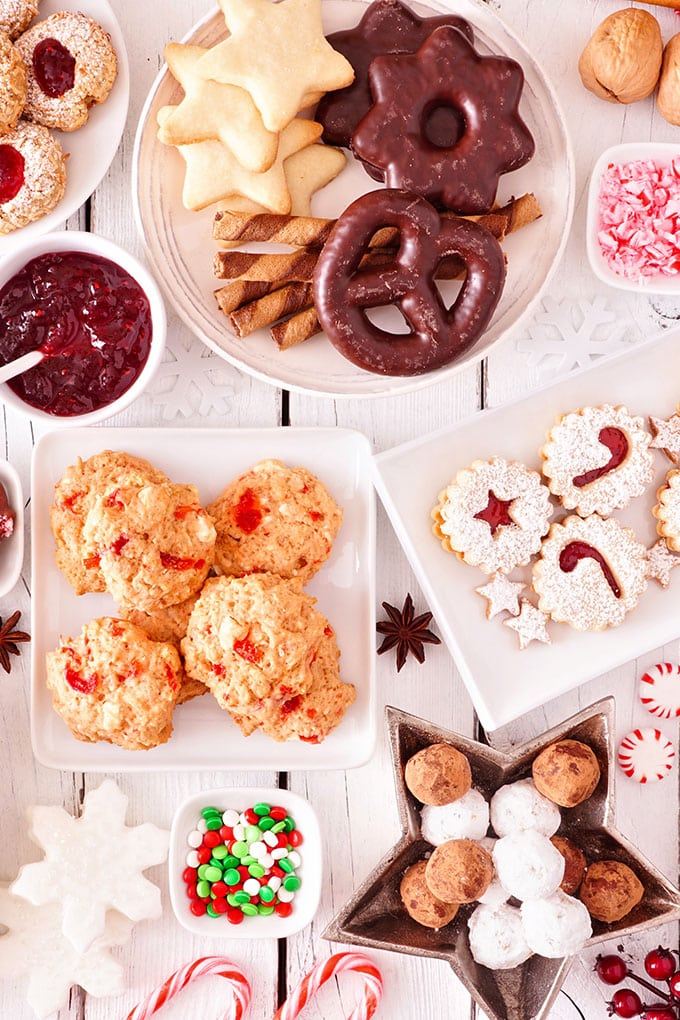 Say hello to No Bake Christmas Cookies! We can't wait for you to try these tasty and convenient Christmas cookie recipes. You're going to love them!